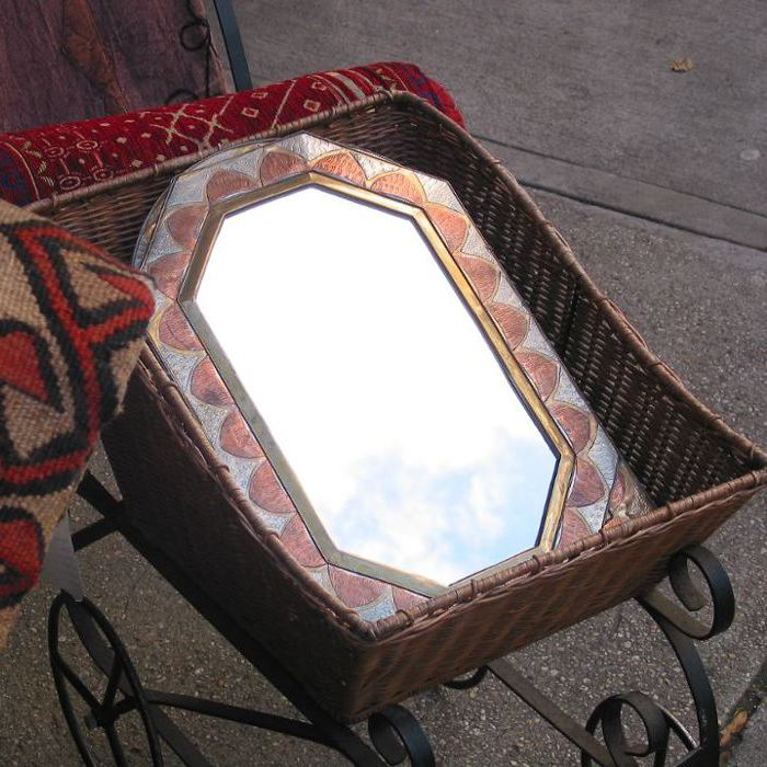 carriage mirror